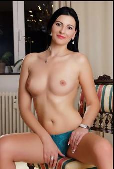 Sabrina aus Griechenland