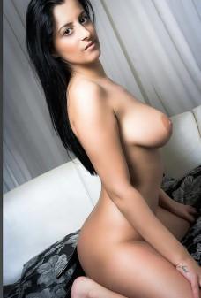 Alisia aus Spanien