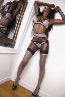 Naomi aus Caribic